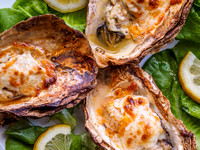 Cooked oysters in a shell